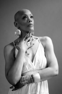 What Everybody Ought to Know About Alopecia | June's Journal image 1